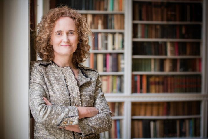 Dr Gail Cardew