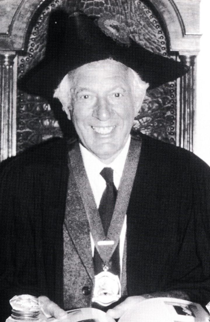 Professor Brian G. Gardiner, President of the Linnean Society (1994-97)