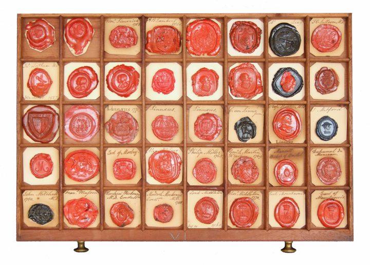Linnaean correspondence seals