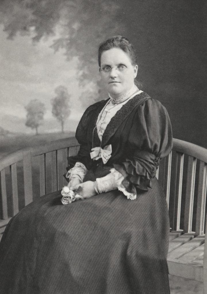 Annie Lorrain Smith (1854-1937)