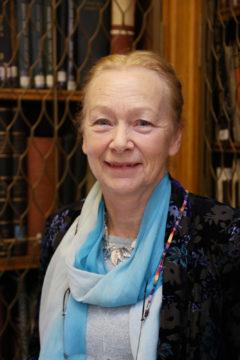 Dr Elizabeth Rollinson